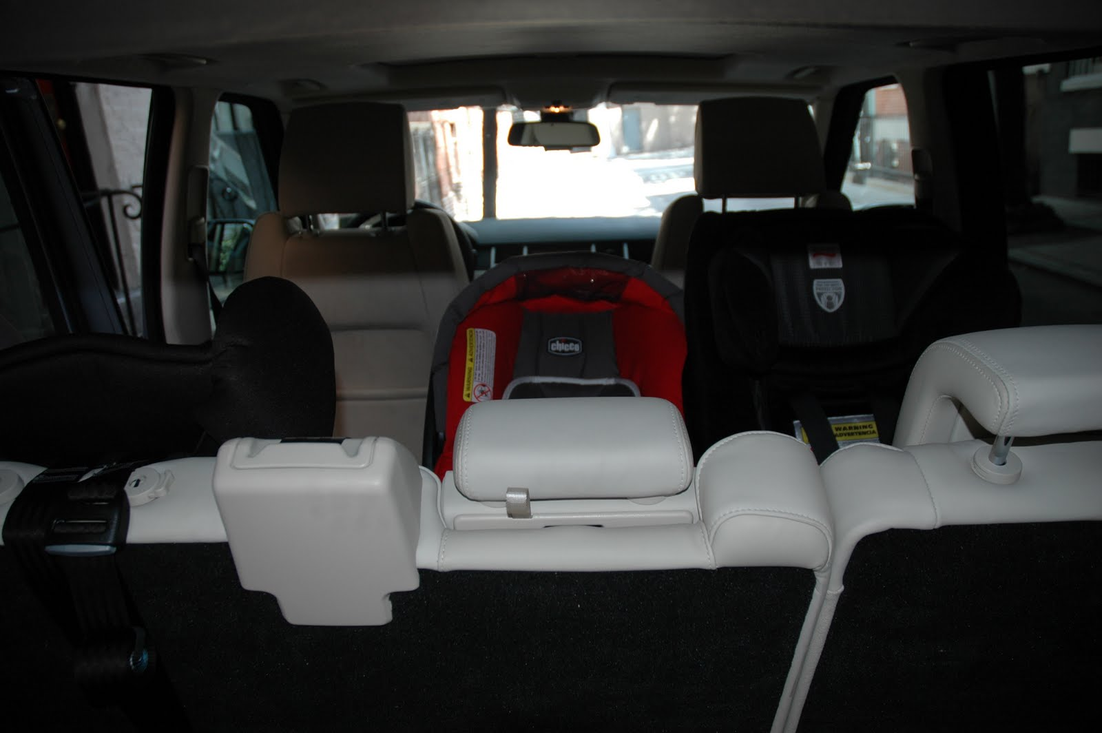 Gt They Said It Was Impossible Fitting 3 Car Seats Across